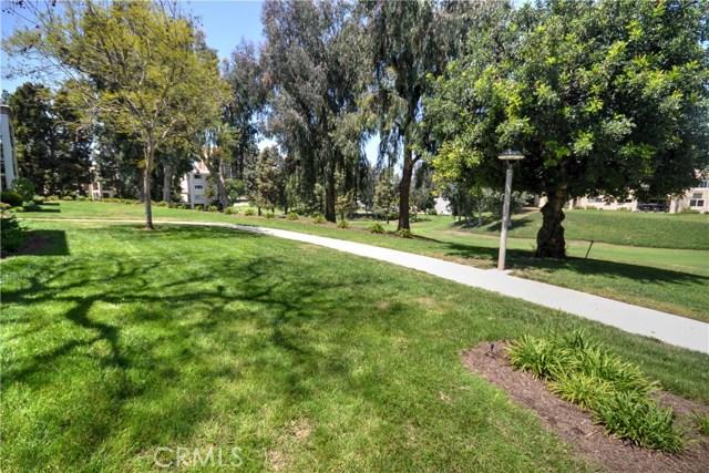 5518 E Paseo Del Lago Unit 1H Laguna Woods, CA 92637 - MLS #: OC18102730