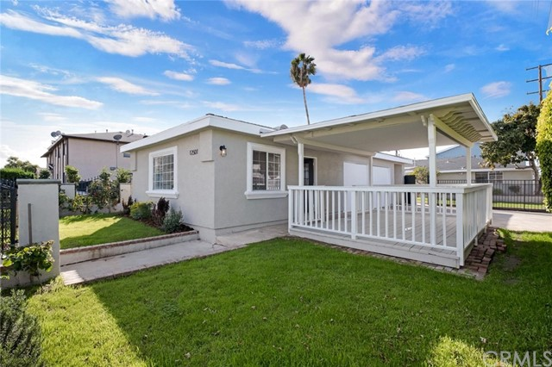 12501 Cranbrook Av, Hawthorne, CA 90250 Photo