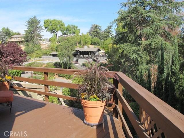 422 Fairview Lane, Paso Robles CA: http://media.crmls.org/medias/72e58510-390b-41f0-b338-0201c7ec1adc.jpg