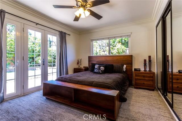 2312 E Villa Vista Way, Orange CA: http://media.crmls.org/medias/72e5c0be-4ba0-4730-8fcf-d6994ec7e74c.jpg