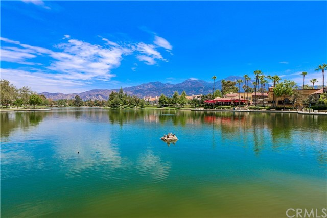 19 Via Honesto, Rancho Santa Margarita CA: http://media.crmls.org/medias/72fee311-a93a-436e-9696-dacd42441836.jpg