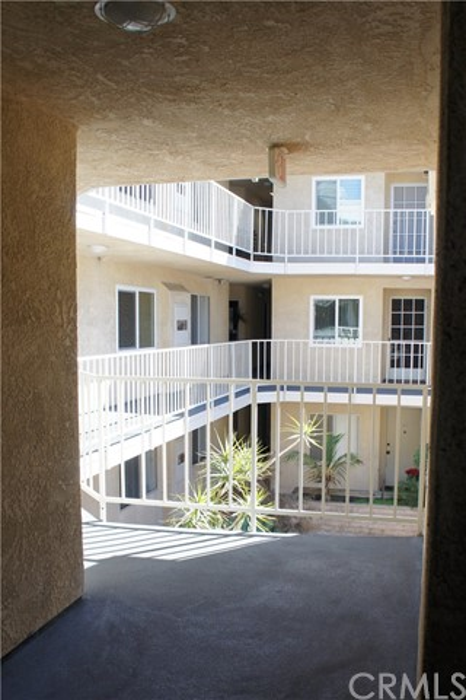 2500 E 4th St, Long Beach, CA 90814 Photo 40