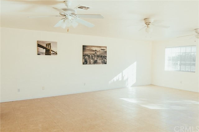 Additional photo for property listing at 10864  Muscatel Street 10864  Muscatel Street Oak Hills, California 92344 United States