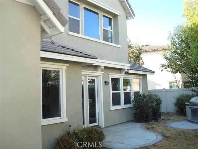 16029 Lantana Avenue, Chino CA: http://media.crmls.org/medias/730e2560-962a-47f3-9186-3fe623a0e4bb.jpg