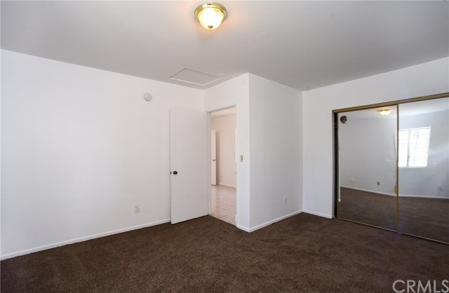 11224 Towne Av, Los Angeles, CA 90061 Photo 5