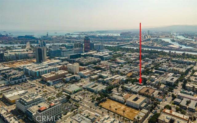 519 Cedar Avenue, Long Beach CA: http://media.crmls.org/medias/7312b292-196f-4205-9869-9b155225eaee.jpg