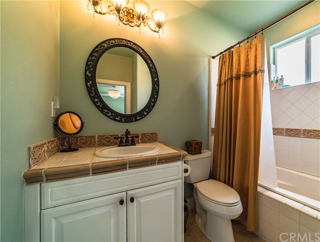 22941 Gold Rush Place, Canyon Lake CA: http://media.crmls.org/medias/73180ee5-423e-4dd6-a530-843d71c4ac63.jpg