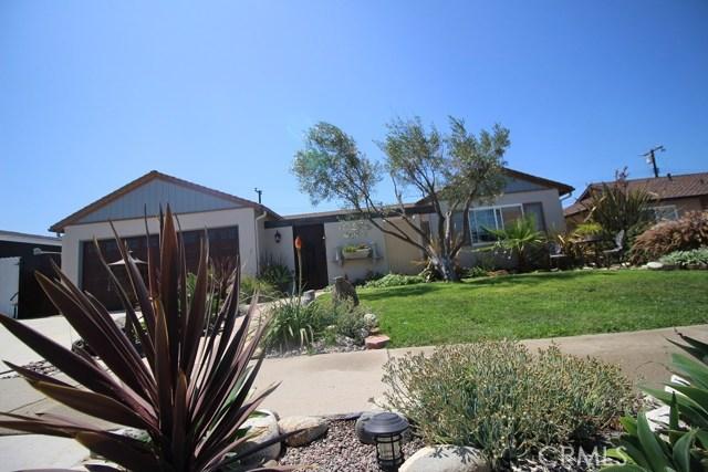 5532 Tangiers Drive, Huntington Beach CA: http://media.crmls.org/medias/731b544f-8a30-4f0f-b3c7-d747b5aa1294.jpg