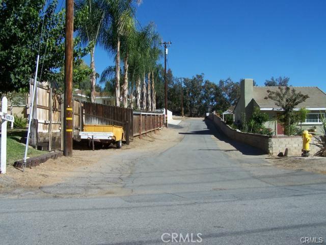 31812 Hutto Lane, Yucaipa CA: http://media.crmls.org/medias/732d0e95-1e54-4704-82cb-68db7a3a6d78.jpg