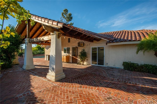 24842 Red Lodge Place, Laguna Hills CA: http://media.crmls.org/medias/73313f71-eff1-4291-815c-6f8fc5d4e465.jpg