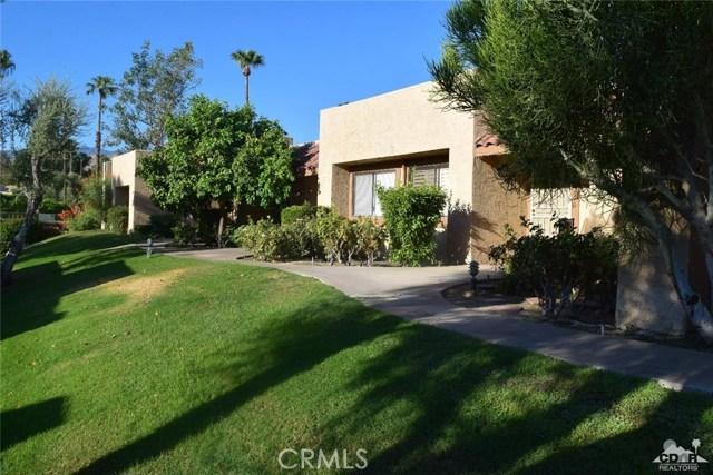 47670 Desert Sage Court, Palm Desert CA: http://media.crmls.org/medias/73404c9b-6804-4b0e-8b84-b1c4e93b839b.jpg