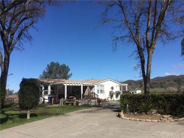 10005  Salinas Road, Atascadero, California