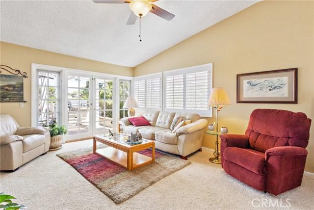 6959 E Rutgers Drive, Anaheim Hills CA: http://media.crmls.org/medias/73452496-eee7-4710-b00d-40ea70b6ad21.jpg