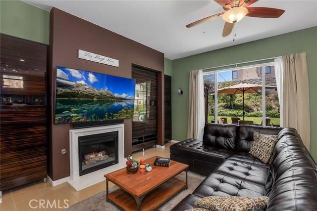 28604 Hackney Street, Highland CA: http://media.crmls.org/medias/73488c57-36bc-4dc7-afe2-bba468d695ab.jpg