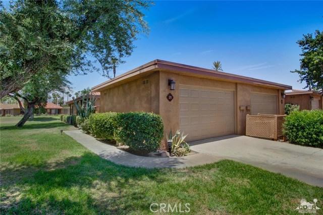 21 La Cerra Drive, Rancho Mirage CA: http://media.crmls.org/medias/735c4e1c-4215-4967-ae55-626e10957581.jpg