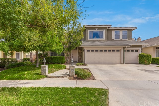 Property for sale at 1539 Iris Grove Drive, Corona,  CA 92881
