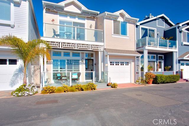 27 Channel Road Newport Beach CA  92663