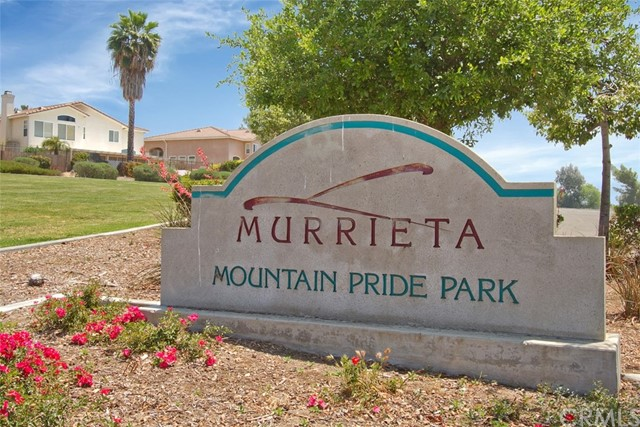 23874 Buttercup Drive, Murrieta CA: http://media.crmls.org/medias/7378beaf-7105-4356-bdea-3d409b0fddc2.jpg