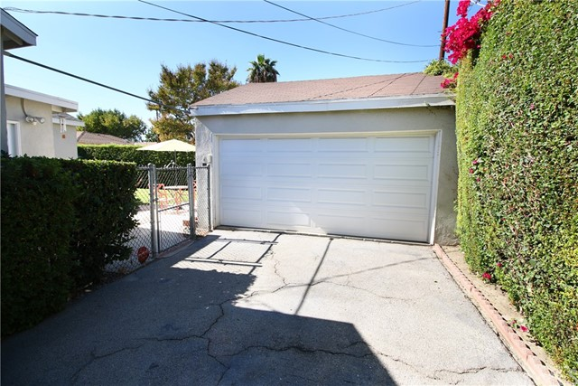 6109 Matilija Avenue Valley Glen, CA 91401 - MLS #: BB17254478