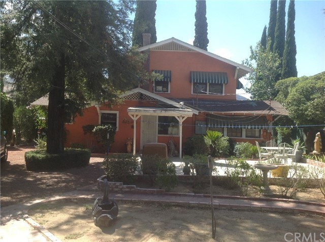 711 W Ramsey Street, Banning CA: http://media.crmls.org/medias/738c79c8-558d-4085-b00c-ce0fa9abbdc3.jpg