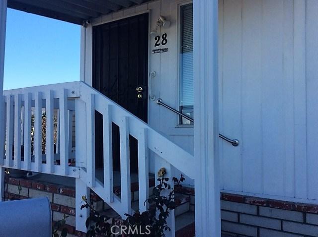 432 S Harbor Boulevard, Santa Ana CA: http://media.crmls.org/medias/73aaffcd-8bd6-438b-8f43-f6a96b98cb87.jpg