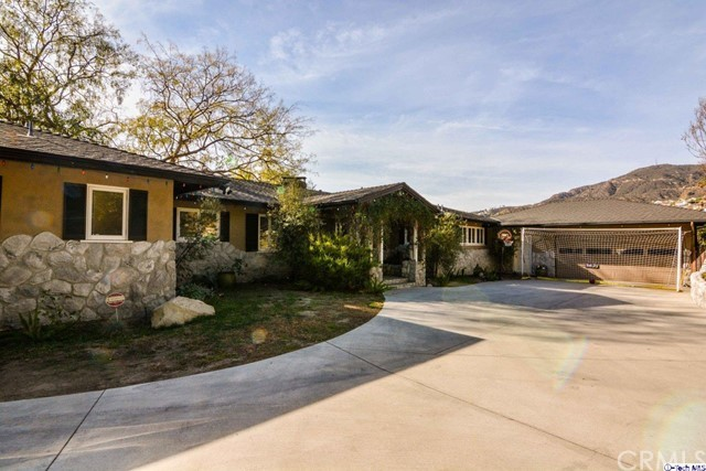 Single Family Home for Sale at 1620 Lamego Drive 1620 Lamego Drive Glendale, California 91207 United States
