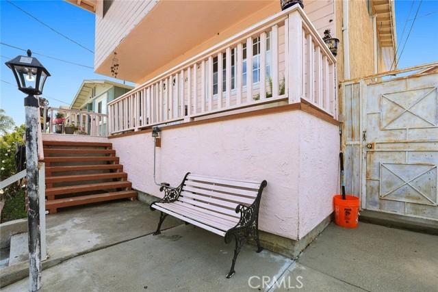 5682 ALDAMA Street, Highland Park CA: http://media.crmls.org/medias/73b4ea20-13da-4bcb-b3bd-7ef2c88e69d7.jpg
