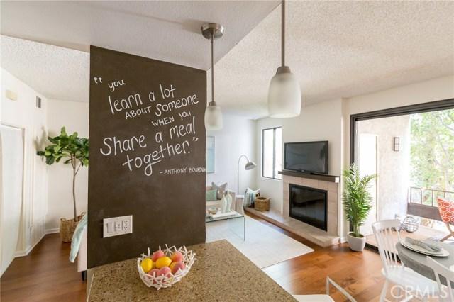8675 Falmouth Avenue, Playa del Rey CA: http://media.crmls.org/medias/73b83235-c237-4d8a-9dda-d436697e593e.jpg