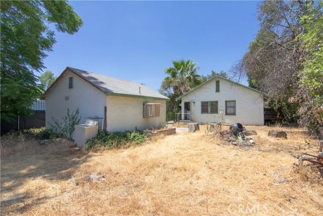 845 Preston Street, San Bernardino CA: http://media.crmls.org/medias/73c0a0e5-4103-4d4e-9fd3-cf5d648ee88f.jpg