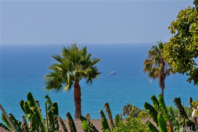2703 Via Casa Loma San Clemente, CA 92672 is listed for sale as MLS Listing OC16189285