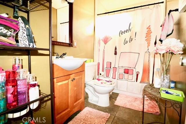 1303 W Romneya Dr, Anaheim, CA 92801 Photo 11