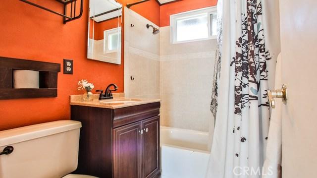 8944 Haskell Street, Riverside CA: http://media.crmls.org/medias/73c846c5-8e3e-4d4b-919d-1d8ddc8396c3.jpg