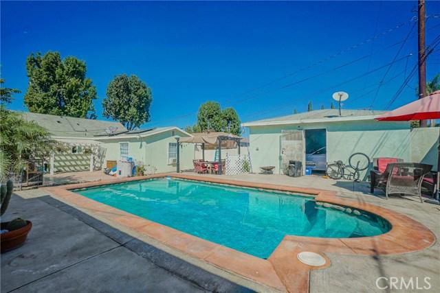 5838 Canobie Avenue, Whittier CA: http://media.crmls.org/medias/73ca0eb2-af95-4e13-a83b-97e45e716312.jpg