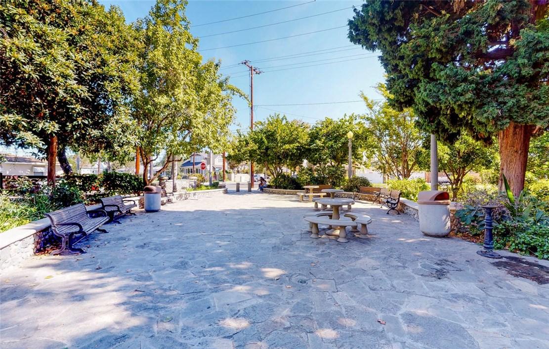 806 E Almond Avenue Orange, CA 92866 - MLS #: DW17238548