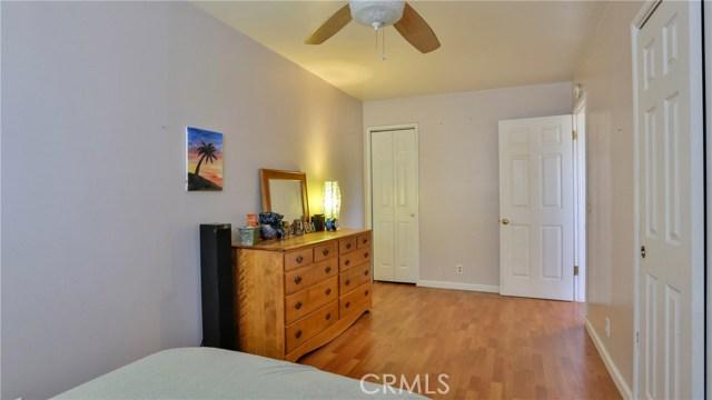1305 Grass Valley Road, Lake Arrowhead CA: http://media.crmls.org/medias/73da7165-6d2e-47c0-b3b1-7a83e536025a.jpg