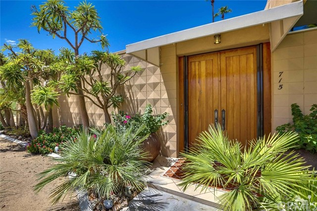 72783 El Paseo, Palm Desert CA: http://media.crmls.org/medias/73ded7b3-e509-4443-ab12-022fc7a08307.jpg