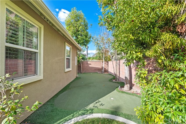 1 Flintridge Avenue, Ladera Ranch CA: http://media.crmls.org/medias/73def0f3-d840-4b07-b4be-b2d8c0fc7f4b.jpg
