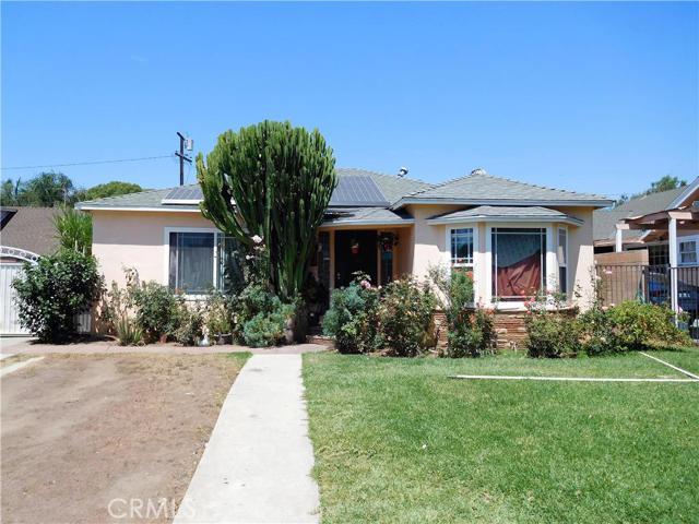 Single Family Home for Sale at 922 Kilson Drive Santa Ana, California 92701 United States