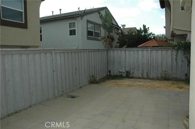 25195 Windy Cove Street, Murrieta CA: http://media.crmls.org/medias/73ff3966-f4dc-41d3-b7ea-c5608b86d02d.jpg