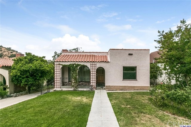 Single Family Home for Sale at 427 Scholl Drive Glendale, California 91206 United States