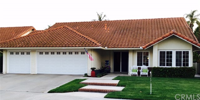 Single Family Home for Rent at 196 Willow Springs Road N Orange, California 92869 United States