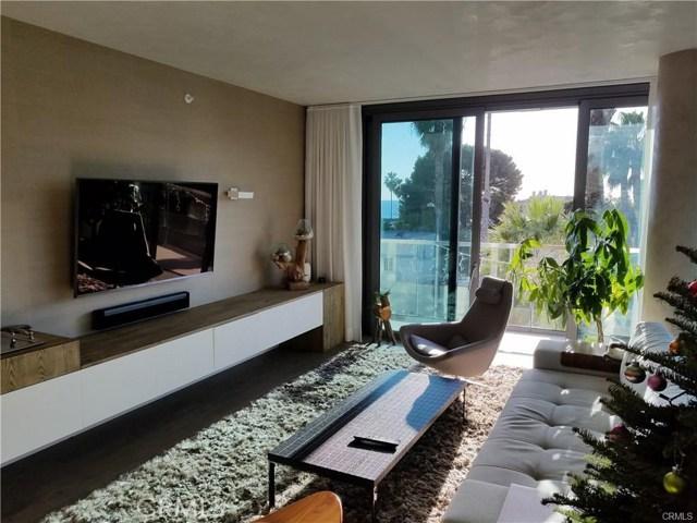 1755 Ocean Avenue, Santa Monica CA: http://media.crmls.org/medias/741f5136-7ac5-41c9-8734-47b0026e0d9f.jpg