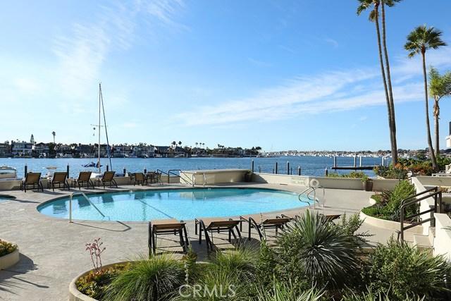 2525 Ocean Boulevard, Corona del Mar CA: http://media.crmls.org/medias/74201f1d-fde4-4b91-945d-6b7d4d263a16.jpg