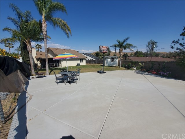 3395 Chardoney Way, Jurupa Valley CA: http://media.crmls.org/medias/742d1993-ca63-4eb1-bd90-8e37e76cf662.jpg