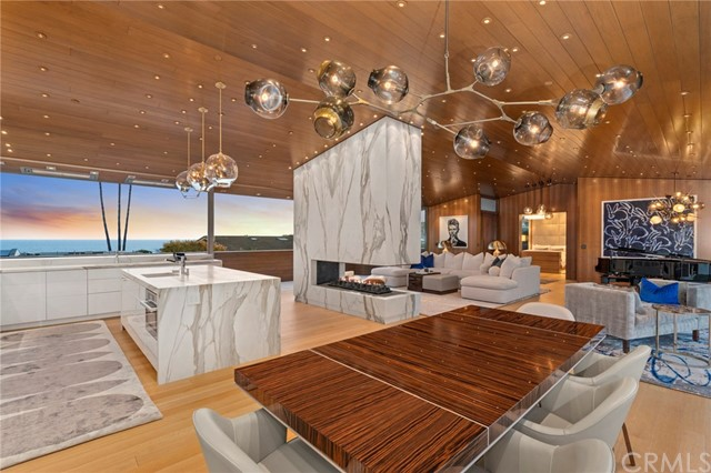 Laguna Beach                                                                      , CA - $14,800,000