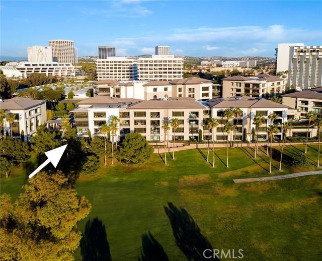 1319 Santa Barbara Drive, Newport Beach CA: http://media.crmls.org/medias/744188d5-2c8a-48c3-8735-dadae417c347.jpg