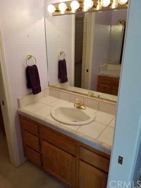 1169 Ceres Manor Court, Chico CA: http://media.crmls.org/medias/7453f95d-e868-4e62-9725-2e95720a63ba.jpg