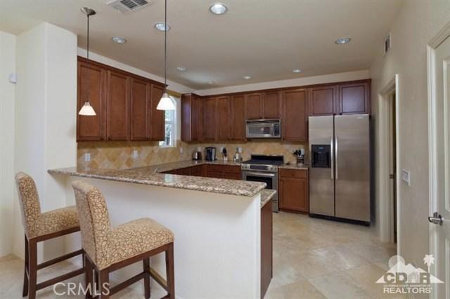 52185 Rosewood Lane, La Quinta CA: http://media.crmls.org/medias/74666e17-61d7-46e4-a7fd-8e6c5a573a47.jpg