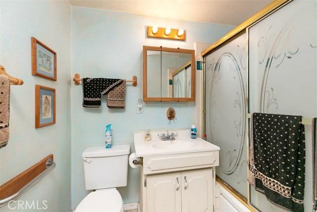 918 S Elliott Place, Santa Ana CA: http://media.crmls.org/medias/746d8702-9d78-49c8-8523-eca716b192f0.jpg