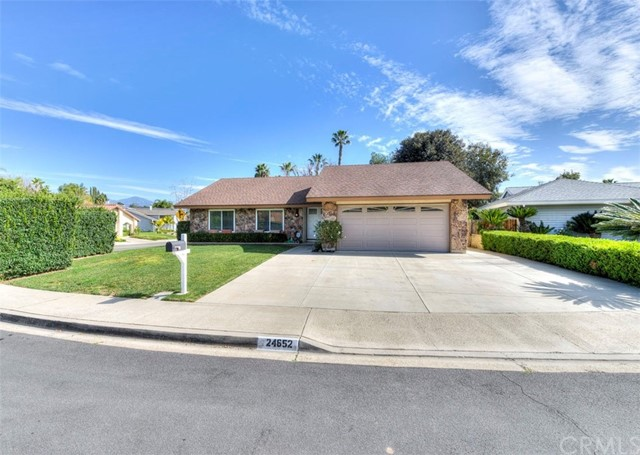 Single Family Home for Sale at 24652 Caverna Mission Viejo, California 92691 United States